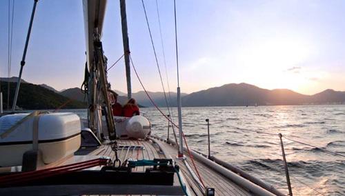 escursioni-in-barca-a-vela-con-soggiorno-5-notti